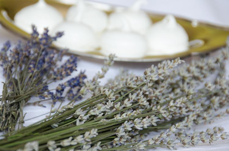 Lavender Meringues w lavender